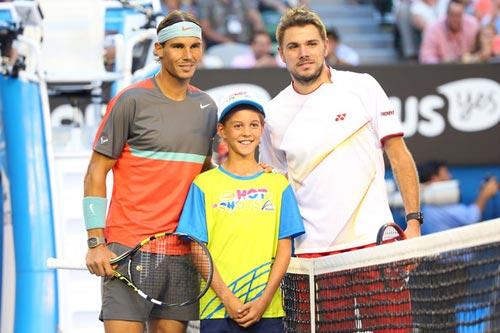 Wawrinka vượt mặt Federer - 1