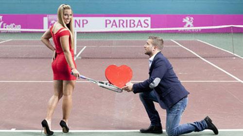 Chuyện tình đẹp như mơ của kiều nữ quần vợt - 1