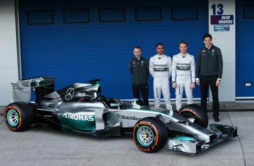F1: Chiếc W05 mới toanh của Mercedes GP - 1