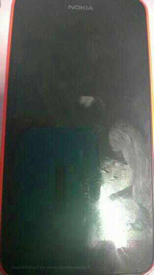 Nokia X chip lõi kép, màn hình 4 inch lộ ảnh - 1