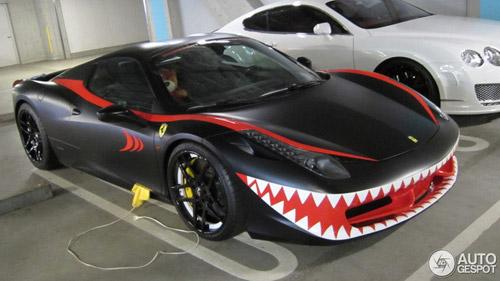"""Ferrari 458 Italia """"độ"""" hàm cá mập dữ dằn - 1"""
