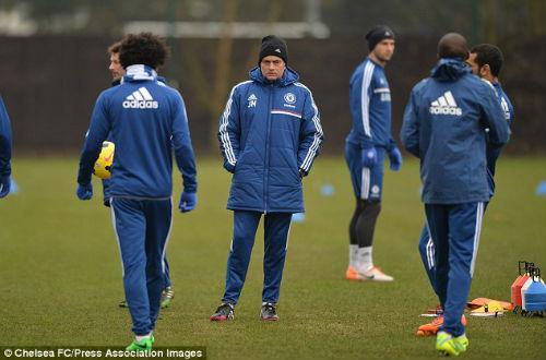 Mourinho sẵn sàng về sau Man City - 1
