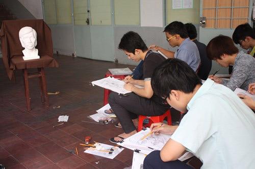 Tuyển sinh ĐHCĐ 2014: Tám trường thi riêng - 1