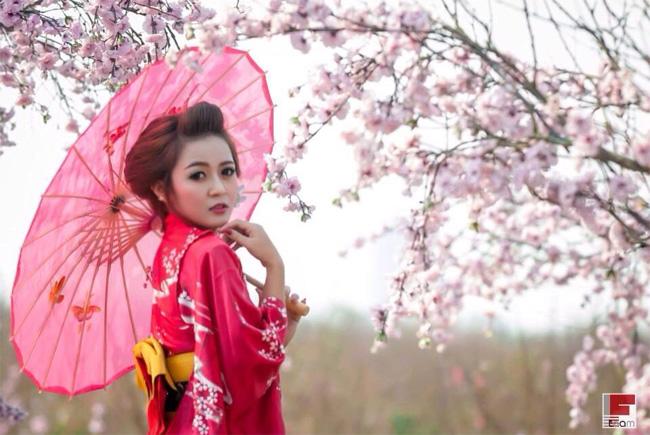Ly Ly cho biết, cô sẽ tham gia một cuộc thi ca hát để thử sức mình