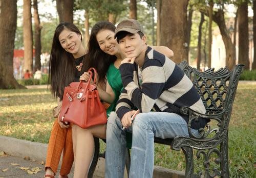 """Nathan Lee """"hẹn hò"""" Thu Minh, Mỹ Lệ - 1"""