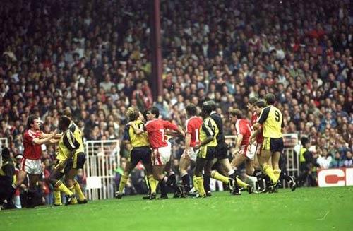 Arsenal - MU & 5 trận cầu đáng nhớ nhất - 1