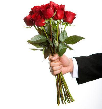 Đàn ông Việt khốn khổ chọn quà Valentine - 1