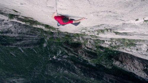 Clip tay không trèo vách dựng đứng gần 1000m - 1