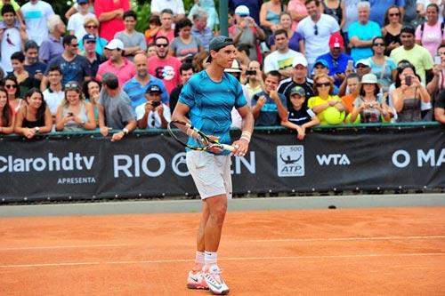 """Nadal - Gimeno Traver: """"Vua đất nện"""" tái xuất (V1 Rio Open) - 1"""