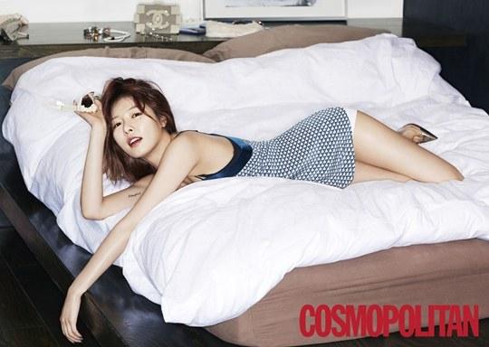 """HyunA mặc áo ngủ """"đốt mắt nhìn"""" - 1"""