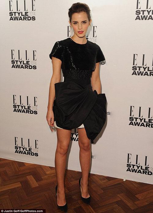 Bất ngờ với Emma Watson kém xinh và già nua - 1