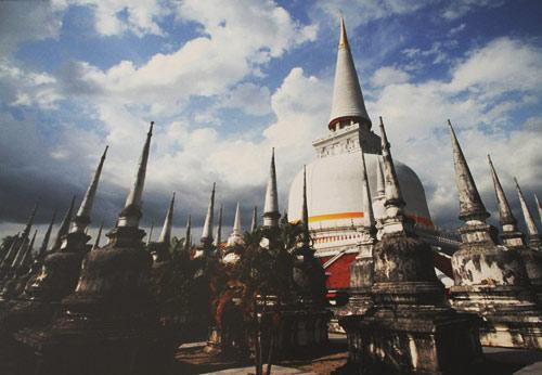 Khám phá lễ hội Phật giáo lớn nhất Thái Lan - 1