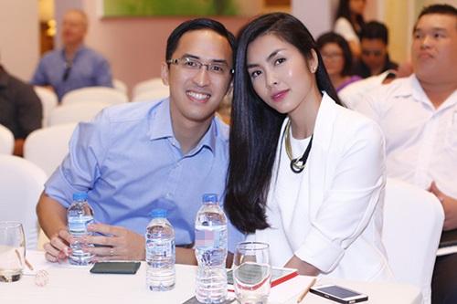 Vợ chồng Hà Tăng ngọt ngào bên nhau - 1