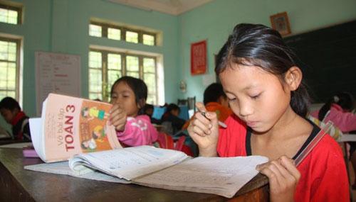 Đổi mới chương trình, SGK: Nghèo mà hoang - 1