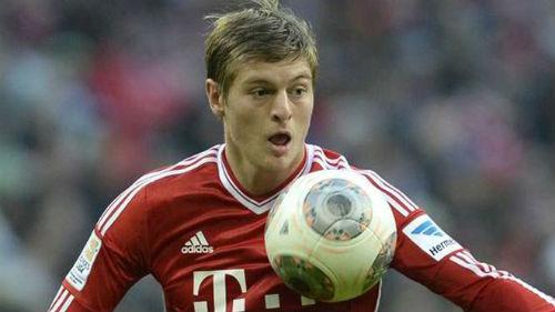 Đến M.U, Kroos nhận lương ngang ngửa Rooney - 1