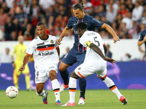 Lorient - PSG: Ibra im tiếng - 1