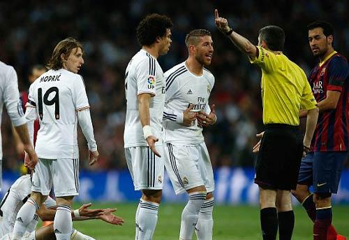 Mắng trọng tài, Ronaldo sắp bị phạt - 1