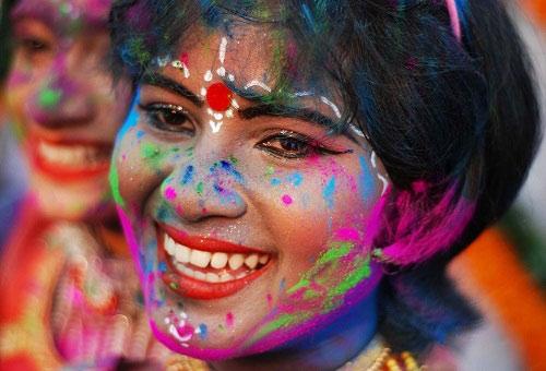 Lễ hội Holi: Cuộc chiến sắc màu ở Ấn Độ - 1
