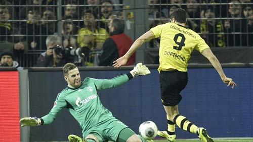 Dortmund - Schalke: Giữ nguyên lợi thế - 1