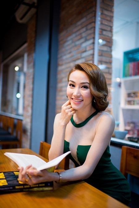 Ngân Khánh: Quá thương cảm cho Diễm Hương - 1