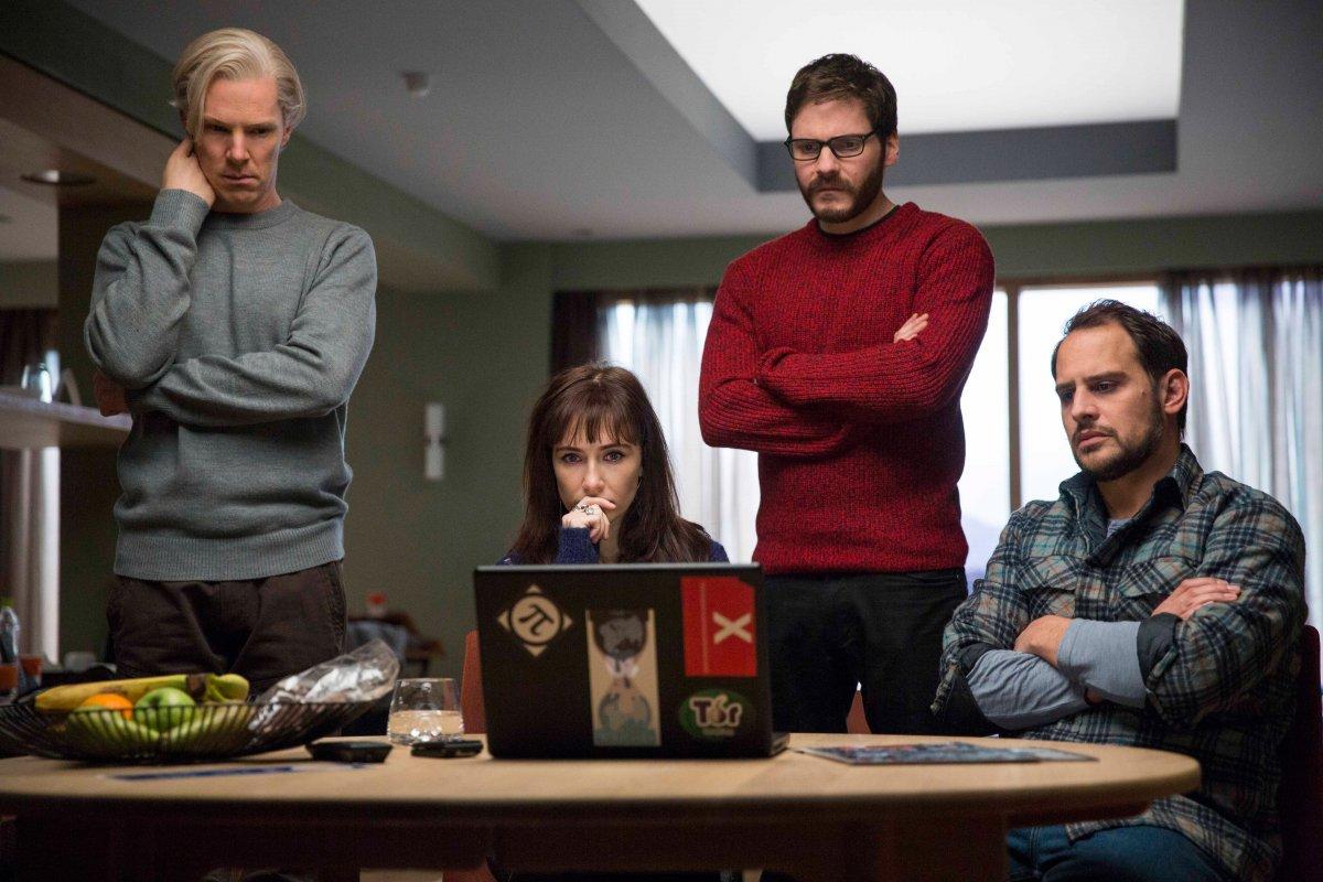 Trailer phim: The Fifth Estate - 1