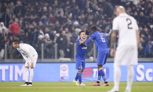 """Juventus - Verona: """"Bà Đầm Già"""" giương oai - 1"""
