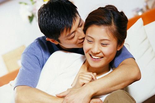 """6 cách """"hâm nóng"""" tình cảm vợ chồng - 1"""