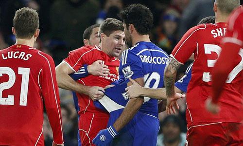 Liên tiếp chơi xấu, Costa đáng lẽ phải bị đuổi - 1