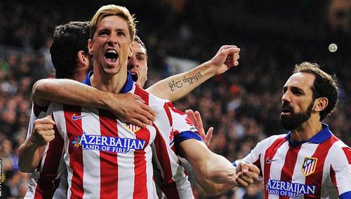 Leverkusen - Atletico: Giấc mơ của Torres - 1