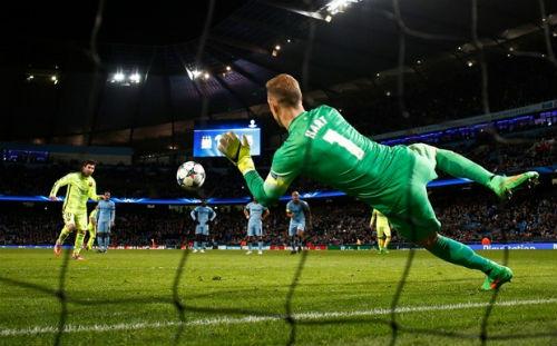 """Messi & cái dớp """"tịt ngòi"""" trên đất Anh - 1"""