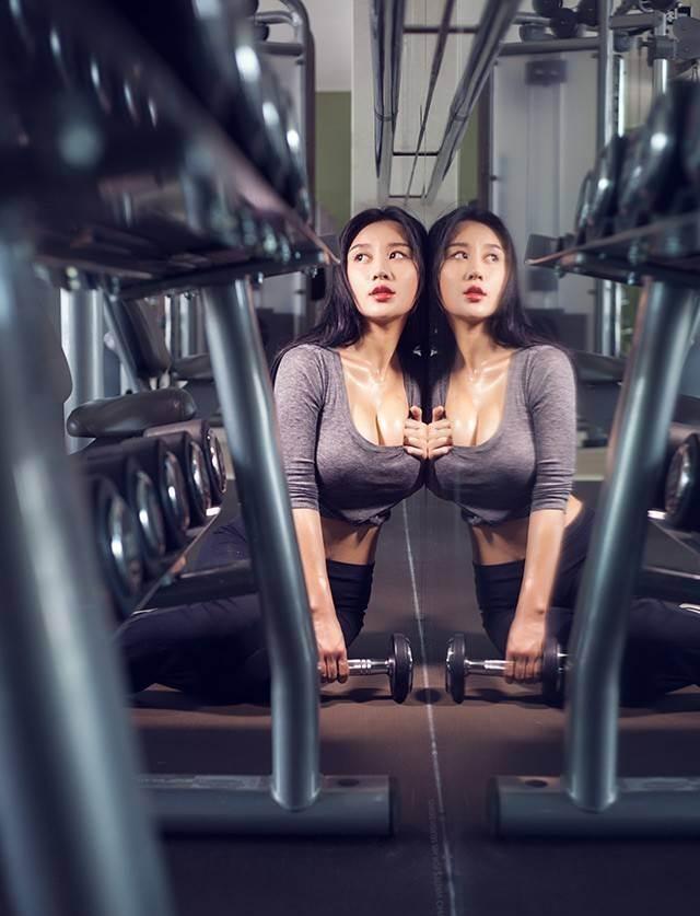 Hot girl ĐH Bắc Kinh khoe ảnh tập thể hình đẹp hút hồn - 3