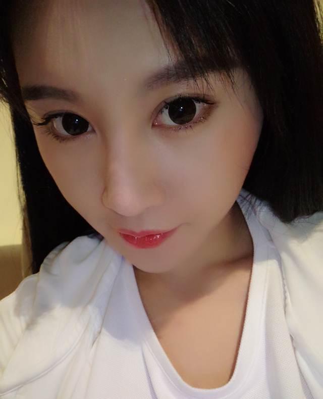 Hot girl ĐH Bắc Kinh khoe ảnh tập thể hình đẹp hút hồn - 9