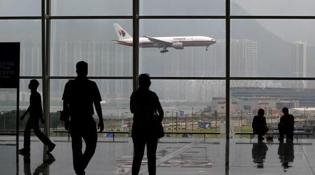 TQ: Trốn tại sân bay một tuần chờ sinh con ở Hong Kong - 1