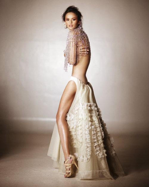 Đằng sau vẻ đẹp của người mẫu sexy nhất Philippines - 1