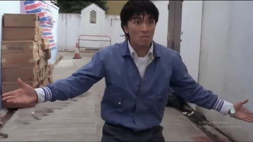 Video phim: Châu Tinh Trì đấu võ bằng... 'nước miếng' - 1