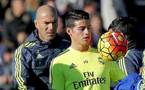 """Zidane & nghệ thuật """"Đắc nhân tâm"""": Thu phục kiêu binh - 1"""