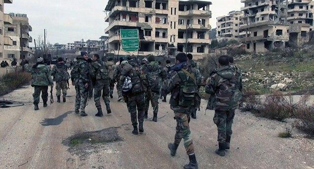 Quân Syria dùng đồ của dân thường đánh IS thua tan tác - 1