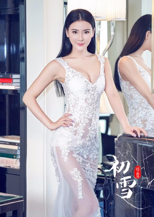 Nhiều dự án hot girl Ngô Đan tham dự nhận được sự chú ý lớn, công chúng đón nhận.