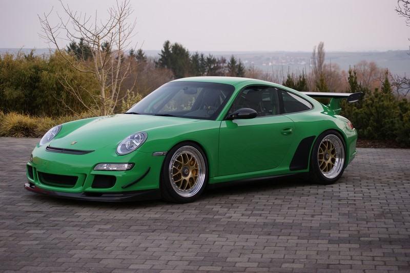 Đã mắt với phiên bản Porsche 997 GT3 RS độ phá cách - 1