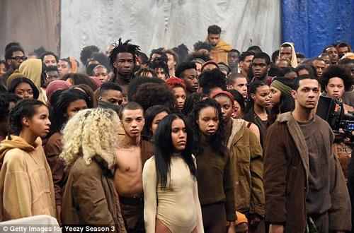 """Sự thực gây sốc về show """"trại tị nạn"""" của Kanye West - 1"""