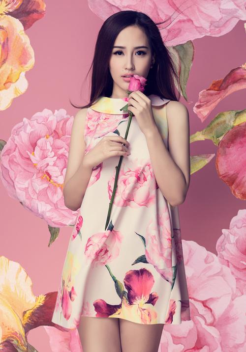 Mai Phương Thúy khoe vòng 1 tuyệt đẹp với váy ren - 8