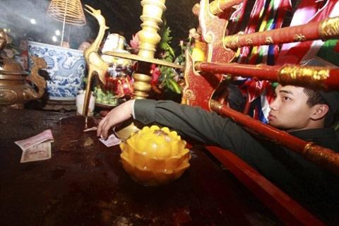 Ấn đền Trần được phát trong 3 ngày - 1