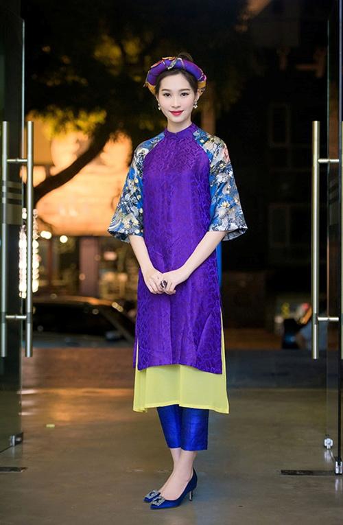 Chọn áo dài sành điệu như phái đẹp Sài thành | Váy