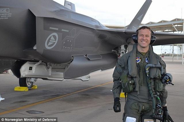 """Tiêm kích F-35 cải tiến có thể """"phanh gấp"""" giữa trời - 1"""