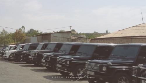 Dàn Mercedes-Benz G class siêu khủng trong đám cưới vùng quê - 1