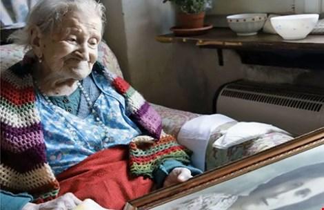Sống hơn trăm tuổi nhờ dám… bỏ chồng - 1