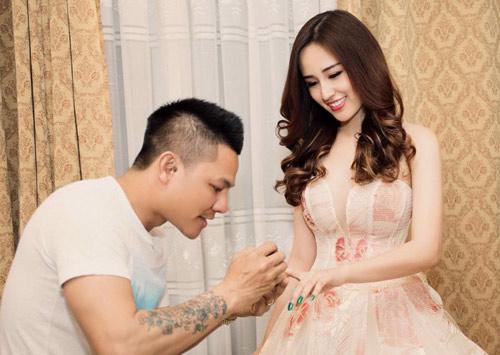 Hot makeup: Kiểu trang điểm Tây của hoa hậu Phạm Hương - 2
