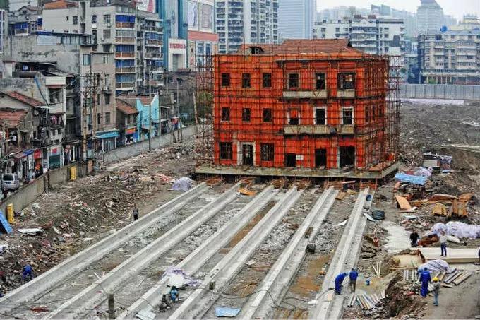 """TQ di dời tòa nhà theo kiểu """"thần đèn"""" Nguyễn Cẩm Lũy - 1"""