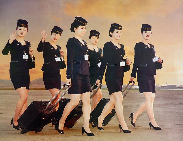 Triều Tiên tung bộ ảnh tiếp viên hàng không xinh như mộng - 1