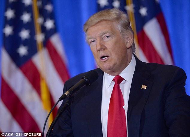 Trump chưa vội bỏ lệnh trừng phạt Nga - 1